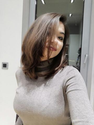 simple medium hairstyle ksister's salon