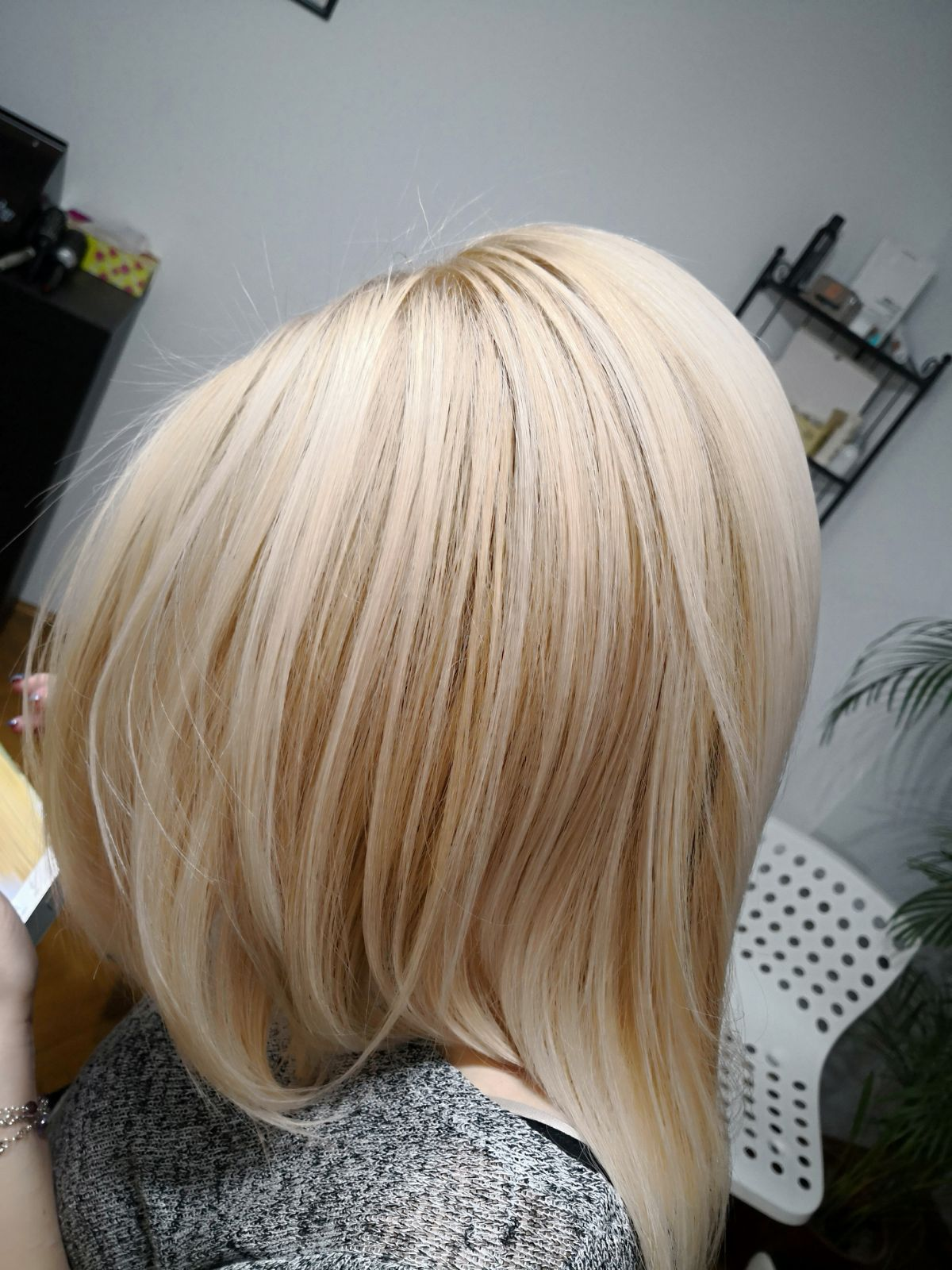 light blonde hair ksister's salon